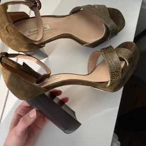 Massimo Dutti heels