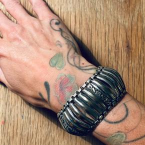 Gammelt sølv armbånd
