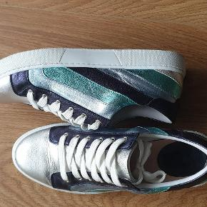 André Sneakers