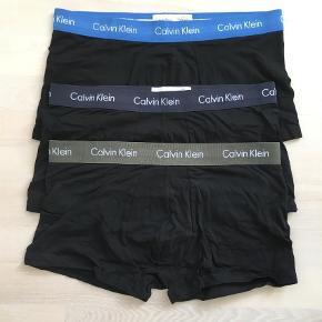 Varetype: Boxershorts Størrelse: M Farve: Koksgrå, Gråbrun, Blå Oprindelig købspris: 360 kr.  Helt nye..   se også de mange andre annoncer på min profil
