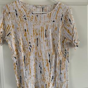 Pieces t-shirt sælges  Fejler intet