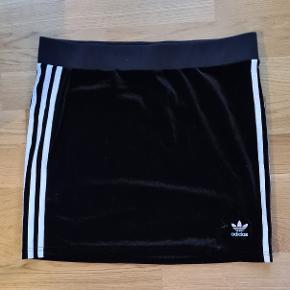 Adidas nederdel