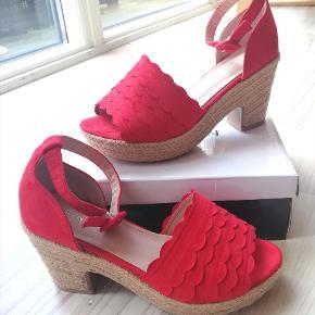 Erynn sandaler