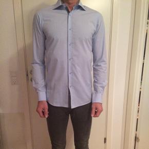 Storm skjorte str. M sælges for 200 krPris fra ny 699 kr