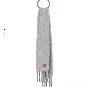 Loewe tørklæde