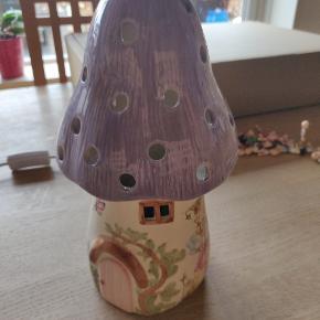 Sød bordlampe fra White rabbit England