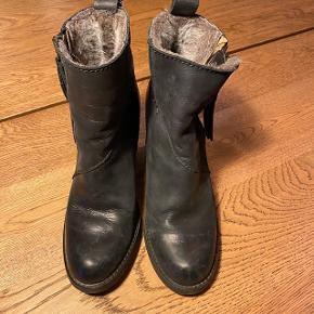 Vinterstøvler , ægte læder