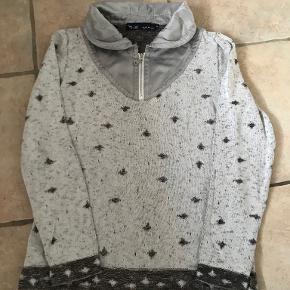 Blue Willi's Sweater