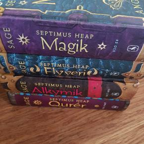 Sælger disse 4 skønne bøger. Sælges kun samlet.