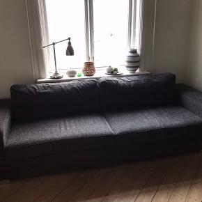 Sofa fra IKEA skal afhentes på 2 sal  Længde 246 cm Højde 66 cm Bredde 89 cm