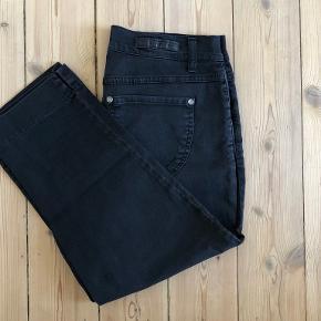 B-jeans by Bessie bukser