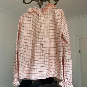 Sælger denne fine bluse fra Stine Goya Palazzo kollektionen. Byd gerne