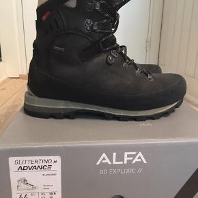 cbcc6841006 Verdens bedste vandrestøvler fra norske ALFA. Vejledende pris: 3800.- Alfa  Glittertind advance