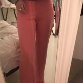 Lyserøde bukser fra nelly
