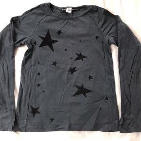 Molo bluse med stjerner, str 140. Gmb.   Mp 30pp