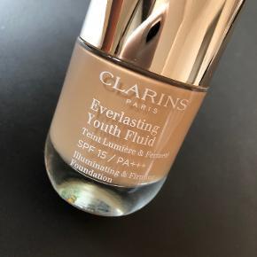 Clarins Makeup