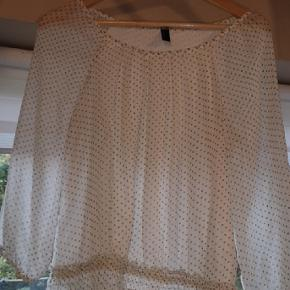 Rigtig fin trøje fra Vero Moda, ingen tegn på brug, byd gerne.