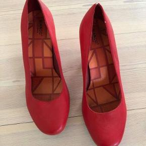 Fine røde pumps fra Bianco.