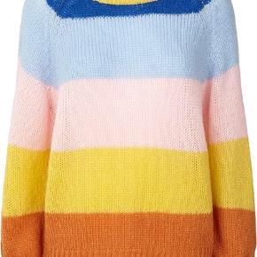 Sælger denne meget populære udsolgte strik fra Lollys Laundry. Har selv købt den af en sælger her på tradono, men har valgt at sælge den igen, da jeg ikke får den brugt. Det er en Str S, som er i virkelig fin stand! Skriv for billeder af trøjen. Nypris omkring 900kr  Kun seriøse bud tak:)