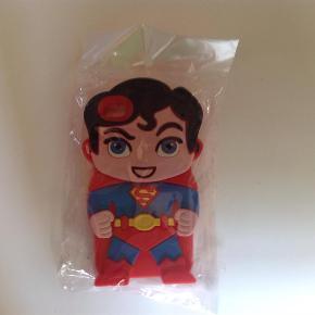 Brand: SupermandVaretype: Silikone Cover til iPhone 4 og 4 S Størrelse: - Farve: -  MP er kr. 60 + porto