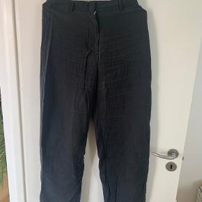 Weekday bukser