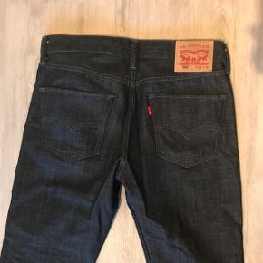 Mørke levis's bukser, aldrig brugt 😊