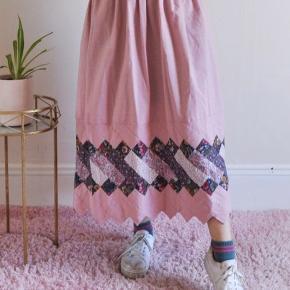 Vintage patchwork nederdel fra 60erne 70erne - så smuk og unik 💕 købt i USA