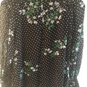 Super sød kjole købt for stor