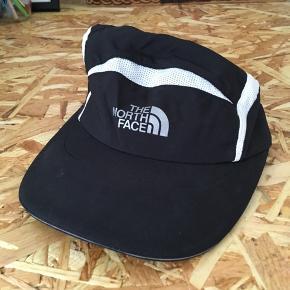 The North Face cap Aldrig brugt Nypris: 450,-