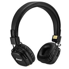 Marshall trådløse høretelefoner, ledning medfølger og oplader medfølger.