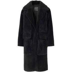 Ravn frakke