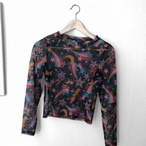 Mønstret mesh bluse fra Monki