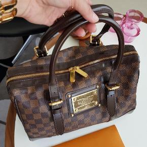 Jeg sælger min Louis vuitton taske Birkeley damier.Tasken er fra 2009.Den brugt men stand er næsten som ny.medfølger  original kvittering. Mp 7000 eller giv et seriøst byd. +5% med TS pay.
