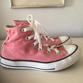 Converse All Star str 32. Fin stand. Pris 80,-pp