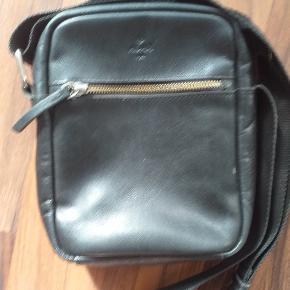 Cool lille taske