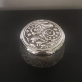 Smuk vintage glas krukke med sølv låg