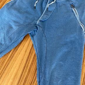 Super lækker vintage sweatpant fra Acne med det helt rigtige look.