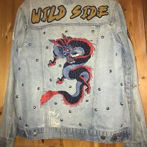 Sælger denne fede vintage denim jakke. Sælges billigt