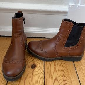 Remonte støvler