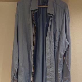 Lyseblå boswell classic fit skjorte med brystlomme 100% cotton