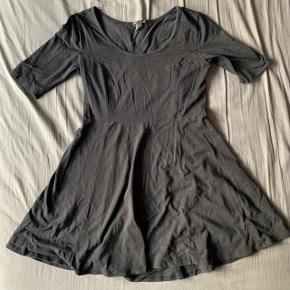 Fin kjole fra hm.