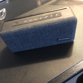 Amadeus longa BT speaker. Virker upåklageligt. 699kr fra ny.