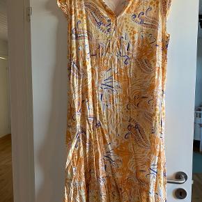 Three M kjole