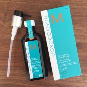 Aldrig brugt - plomberet  Moroccanolie hårolie light Verdens bedste hårolie  100 ml  Nypris ca 350 kr   Køber betaler fragten