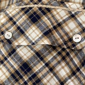 Fin skjortekjole