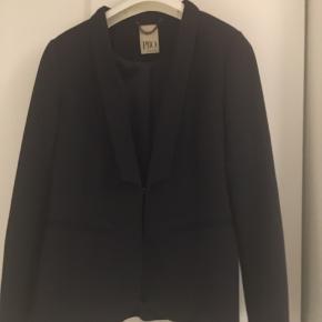Fed blazer