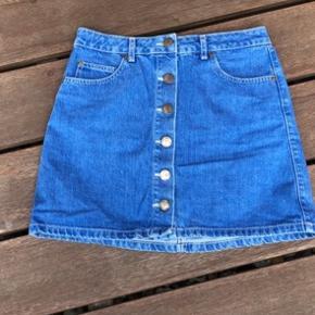 Flot blå cowboy nederdel m knapper