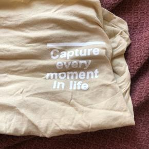 T-Shirt fra Zara, storset ikke brugt