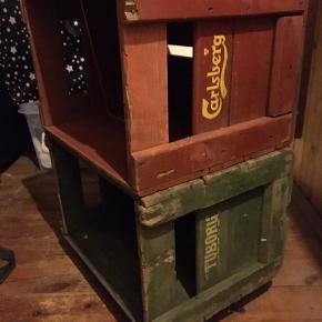 CARLSBERG KASSEN ER SOLGT. Har den grønne Tuborg kasse til salg: måler 45x31,5x35,5. 150kr eller et godt bud ☺️