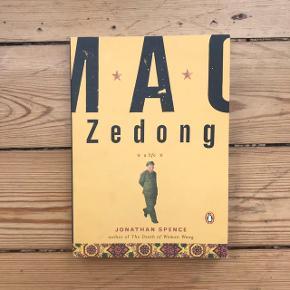 Bogen om MAO#Kina #Kinesiskkultur Aldrig læst i. Helt ny bog. Se andre annoncer ! Har en del bøger